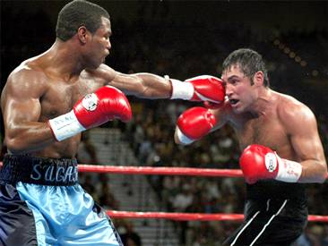 Mosley-De La Hoya in the later rounds in the rematch.