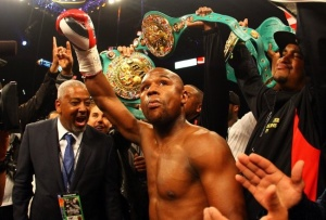 Boxing's biggest star, 8 time world champion in five weight classes, Floyd Mayweather, has just signed a very lucrative deal to leave HBO for CBS-Showtime Sports.