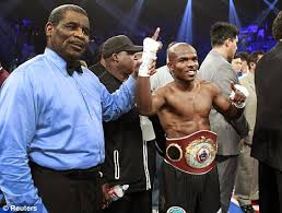 Almost all of the spectators hated the verdict.  In retrospect, it was a over reaction by the boxing world.  Bradley had fought a better fight than given credit for.